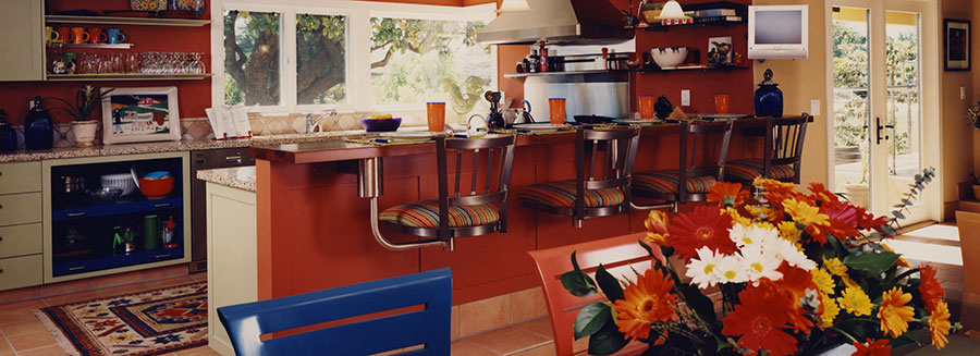 Spanish Bungalow Dining Counter