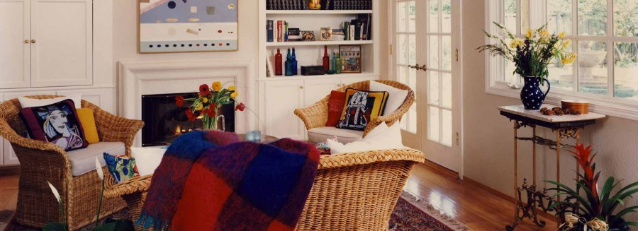 Art Collector Cottage - Family Room